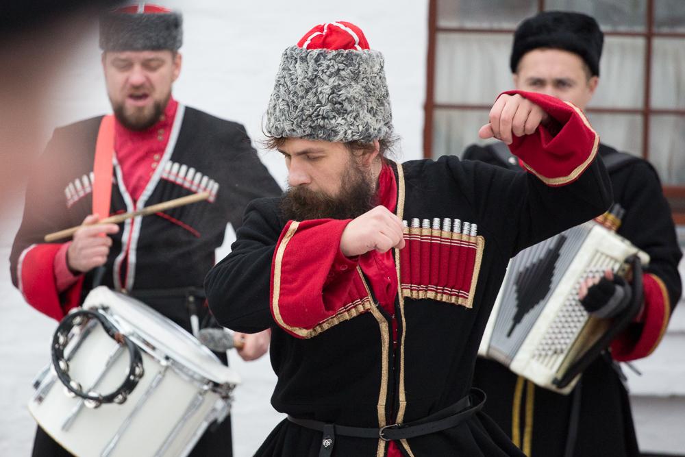 7-8-11-16-dmitrovskoe-gulyanie-internet-2023